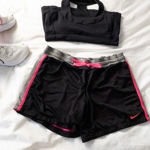Nike Dri Fit Black & Pink Athletic Shorts - Sz M